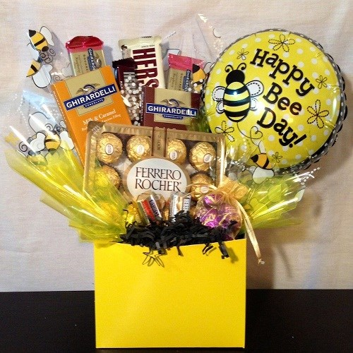 Giftblooms- Online Gifts Shop: Delicious Candy bouquet